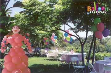 Whimsical Outdoor Decor Balloonutopia