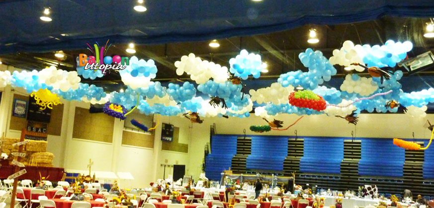 San Diego Birthday Decor by Balloon Utopia