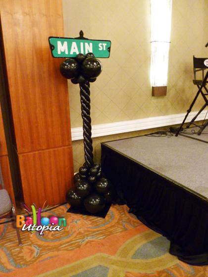 signpost_column_w