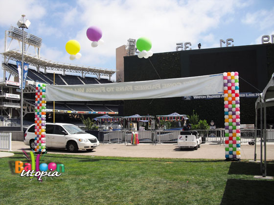 Padres balloons