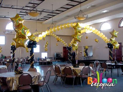Elegant black and gold dance floor invited attendees to have fun